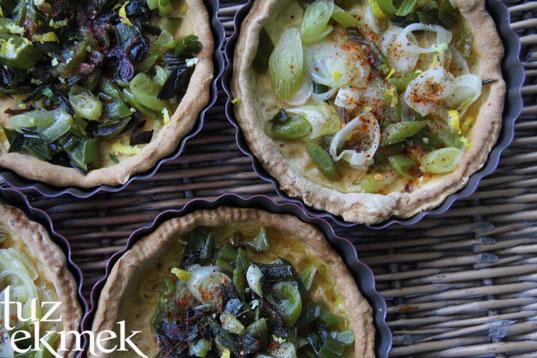 Bahar  Quiche- Taze soğan ve sarımsaklı