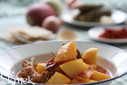 Sızgıçlı patates yemeği