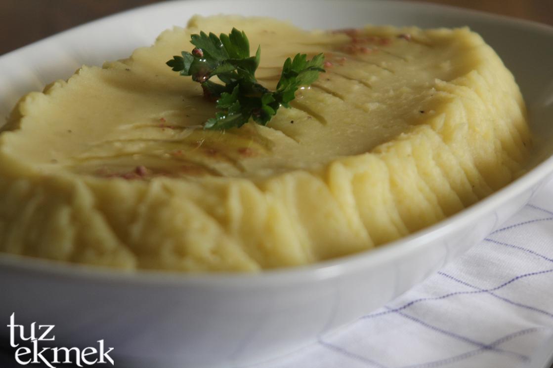 Sarımsaklı Patates Püresi