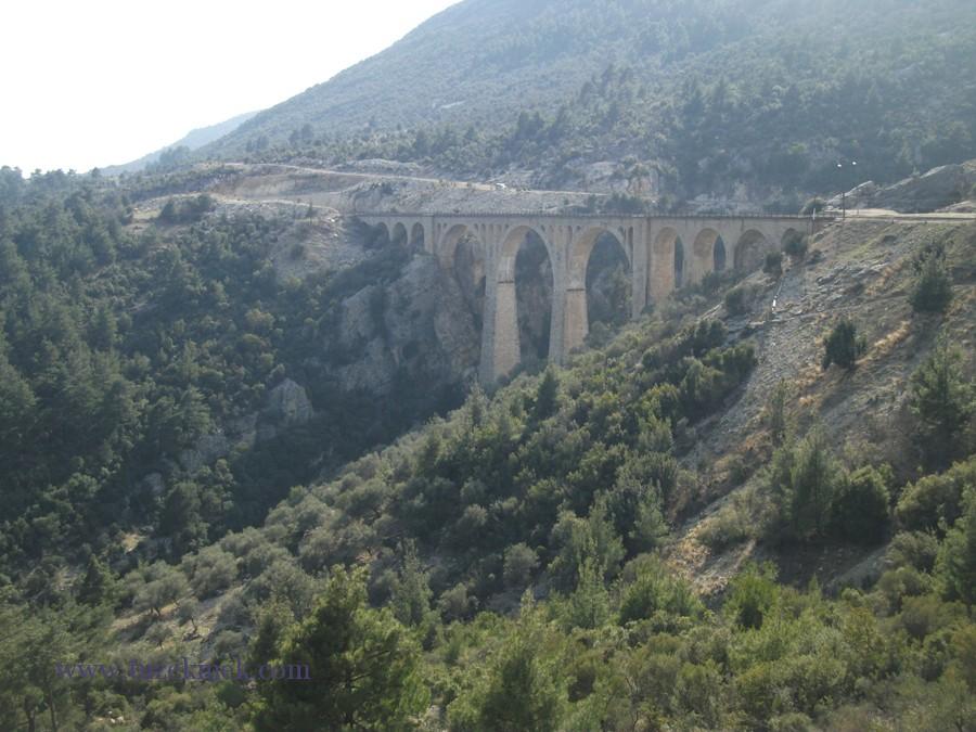 Varda köprüsü- Karaisalı