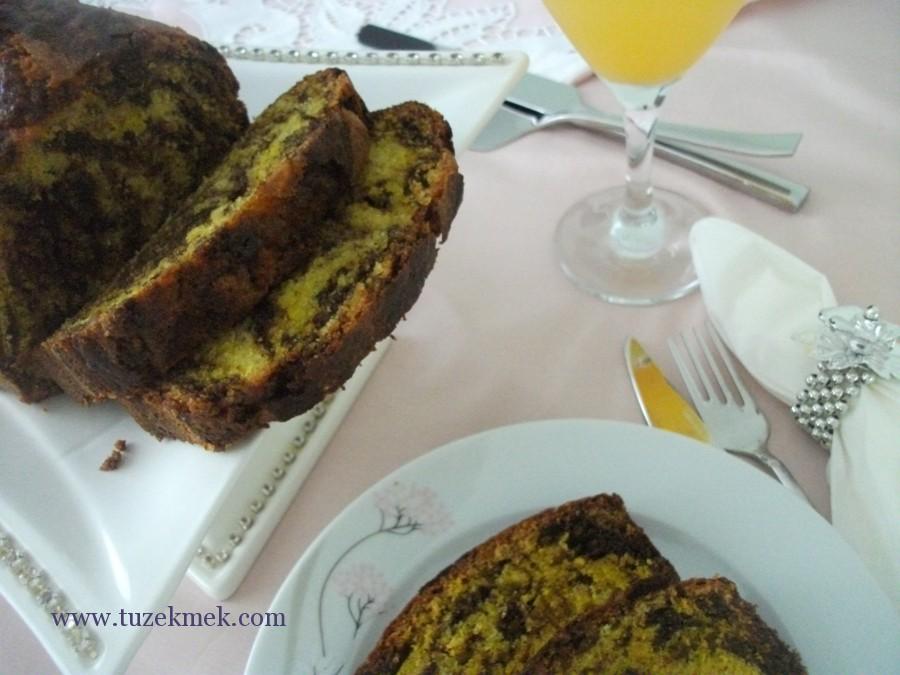 Vanilya- portakal ve kakaolu kek- zerdeçallı